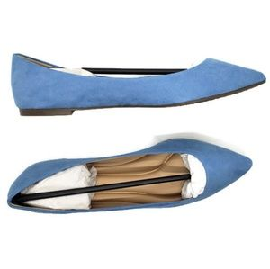 Breckelles Women's Blue Pointed Flats